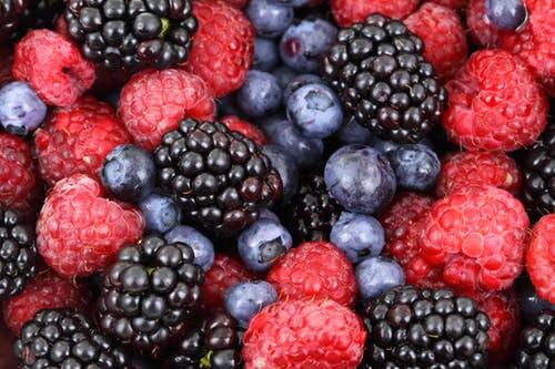 food for road trips - fruits